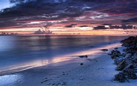 Playa de la tarde de la noche