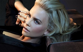 Preview wallpaper Charlize Theron 03