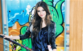 Preview wallpaper Victoria Justice 05