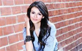 Preview wallpaper Victoria Justice 06
