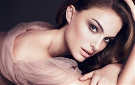 Preview wallpaper Natalie Portman 07