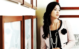 Preview wallpaper Song Hye Kyo 05
