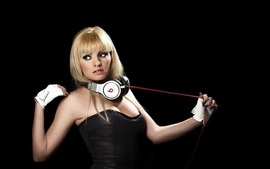 Preview wallpaper Alexandra Stan 01