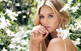 Preview wallpaper Delta Goodrem 02