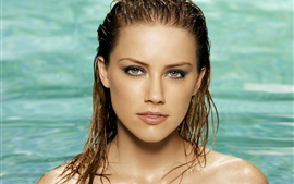 Preview wallpaper Amber Heard 09