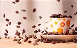 Preview wallpaper Cup of coffee beans close-up photography