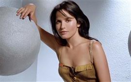 Preview wallpaper Andrea Corr 02
