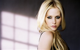 Preview wallpaper Avril Lavigne 35