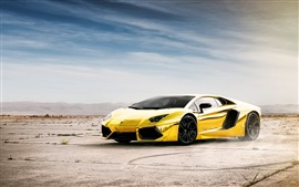 Preview wallpaper Lamborghini Aventador LP700-4 gold color
