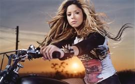 Aperçu fond d'écran Shakira 04