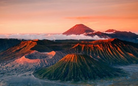 Preview wallpaper Indonesia, Java, Tenger volcano, mountains landscape, fog
