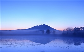Preview wallpaper Japanese beauty of the early morning, lake and mountains, fog, trees, blue sky