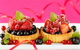 Preview wallpaper Delicious food, dessert cake, small berries, strawberry