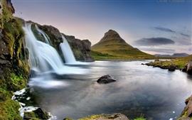 Island Eldfell, der Vulkan, Wasserfall