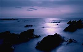 Aperçu fond d'écran Japon côte de la mer paysage, crépuscule, roches, ciel