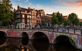 Preview wallpaper Amsterdam, Nederlands, city bridge, river, houses