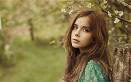 Preview wallpaper Beautiful brown hair girl in the forest