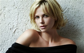 Preview wallpaper Charlize Theron 06