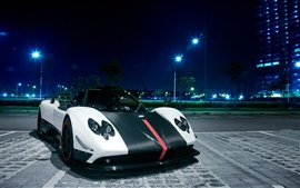 Preview wallpaper Pagani Zonda Cinque sports car at Singapore city night