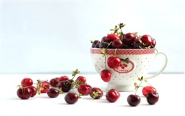 Preview wallpaper A cup of cherries, red color
