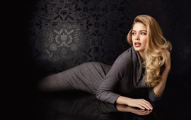 Preview wallpaper Doutzen Kroes 02
