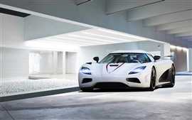 Preview wallpaper 2013 Koenigsegg Agera R white supercar