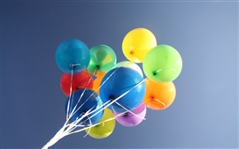 Preview wallpaper Colorful balloons, sky background