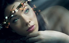 Preview wallpaper Flower wreath, green eyes girl