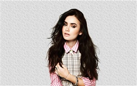 Preview wallpaper Lily Collins 01