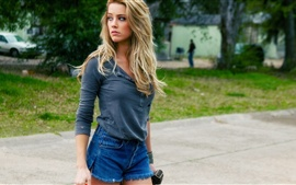 Preview wallpaper Amber Heard 15
