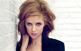 Preview wallpaper Anna Kendrick 01