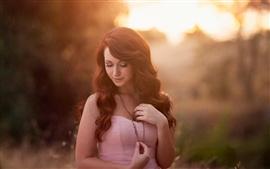 Симпатичные девушки, природа солнечного света