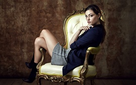 Preview wallpaper Phoebe Tonkin 04