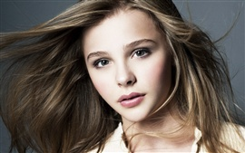 Preview wallpaper Chloe Grace Moretz 09