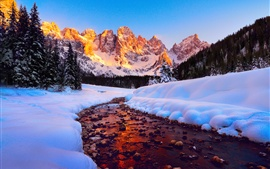 Доломиты, горы, вершины, небо, лес, река, снег, зима