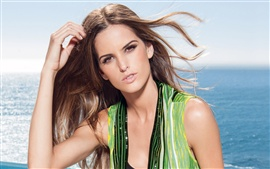 Preview wallpaper Izabel Goulart 04