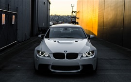 Preview wallpaper BMW M3 E92 white car front view