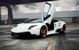 Preview wallpaper Lamborghini Murcielago white supercar