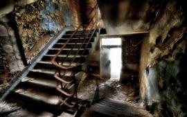 Лестница, интерьер, руины