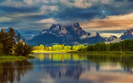 USA, Wyoming, Grand Teton National Park, mountains, water, forest, morning