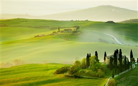 Preview wallpaper Italy, Tuscany, nature summer, countryside, house, green, beautiful landscape