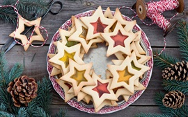 Preview wallpaper Stars cookies, baking, dessert, food, sewing, twigs, pine cones
