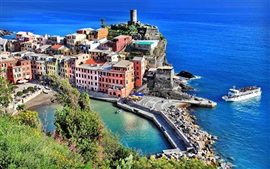 Preview wallpaper Vernazza, city, Italy, houses, sea, boats, rocks, shore