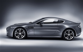 Preview wallpaper Aston Martin V12 Vantage silver car