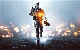 Preview wallpaper Battlefield 4, soldier walking
