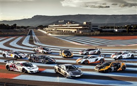 Preview wallpaper McLaren MP4-12C supercar in the race track