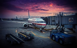 American Airlines, Chicago, airplane, airport, dawn