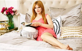 Preview wallpaper Bella Thorne 01