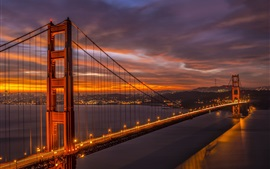 Californie, San Francisco Bridge, Golden Gate, belle soirée, crépuscule, lumières