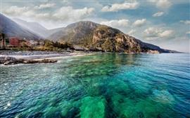 Costa, mar azul, verano, montañas, ciudades, casas